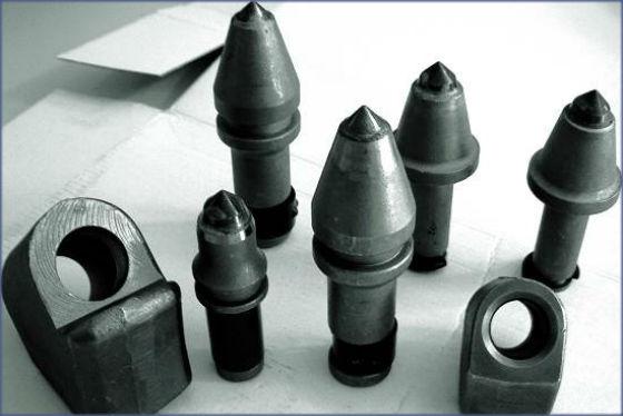 Recambios picas y portapicas para rotor estabilización de suelos GeoCompact. suelo cemento